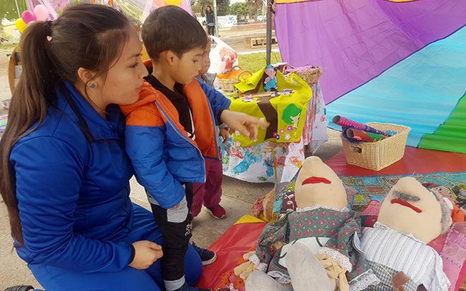 Actividad realizada en el marco del Día del Libro congregó a 6 establecimientos de Coquimbo que mostraron distintas estrategias que realizan para fomentar este hábito en niños y niñas