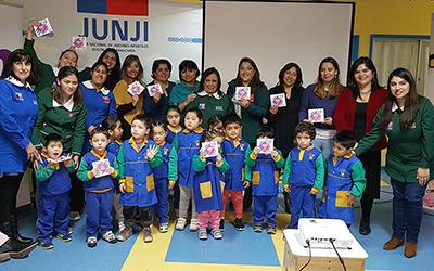 Las series del CNTV infantil se pueden ver o descargar en la página https://infantil.cntv.cl/