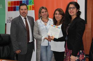 Firman convenio con programa PAR Explora para desarrollar talleres científicos en Los Ríos