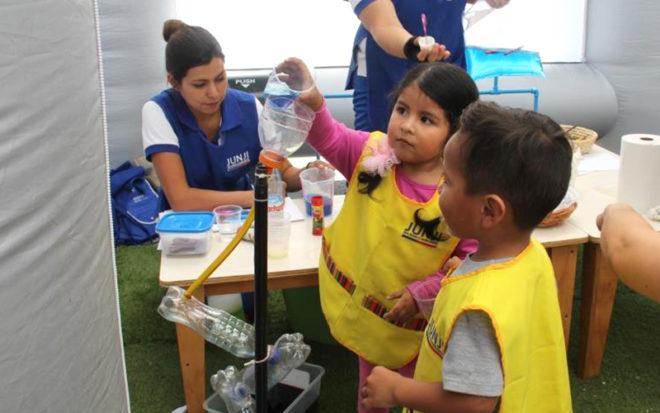 Más de 150 niñas y niños de diferentes jardines infantiles de JUNJI, disfrutaron en el parque Punta Norte con propuestas pedagógicas innovadoras que se llevan a cabo a diario en los establecimientos.