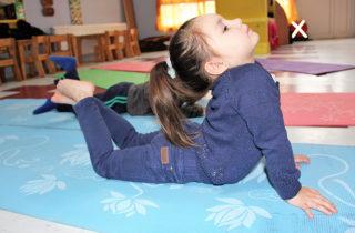 """Jardín infantil """"Sietecolores"""" fortalece trabajo pedagógico a través del yoga"""