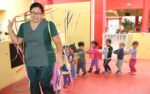 Jocelyn señala que esta práctica pedagógica se gestó en la unidad educativa en respuesta a la inquietud de ella y de su equipo de desarrollar nuevas metodologías que fueran innovadoras e inclusivas