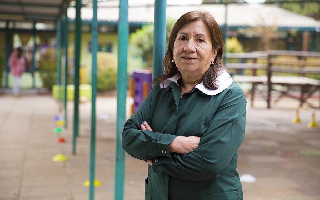 Tras titularse como educadora de párvulos en la Universidad de Chile bastó poco tiempo para que su vida personal y profesional se vinculara a la JUNJI.