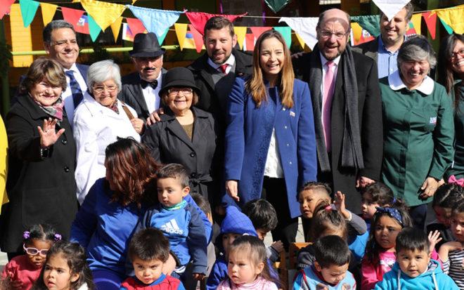 En su primera visita oficial a la zona, el ministro de Desarrollo Social, Alfredo Moreno, enfatizó las medidas que impulsará el Presidente Piñera para el resguardo de la infancia, entre ellas, la transformación de la Subsecretaría de la Niñez en la Subsecretaría de la Familia e Infancia, entre otras propuestas.
