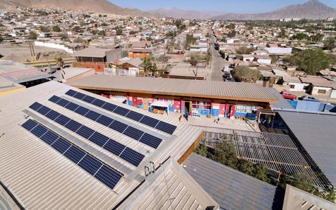 La transferencia de conocimiento respecto de los sistemas solares fotovoltaicos, permitirán que la institución pueda desarrollar proyectos asociados a esta materia en la región.