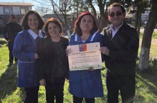 Jardín infantil alternativo atendido por técnicos en educación parvularia reciben reconocimiento