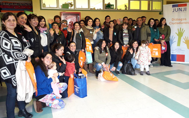 """Por una educación parvularia comprometida con la salud y el bienestar infantil, celebramos la importancia de la Lactancia Materna"""", se denominó el Diálogo Participativo realizado en Puerto Varas."""