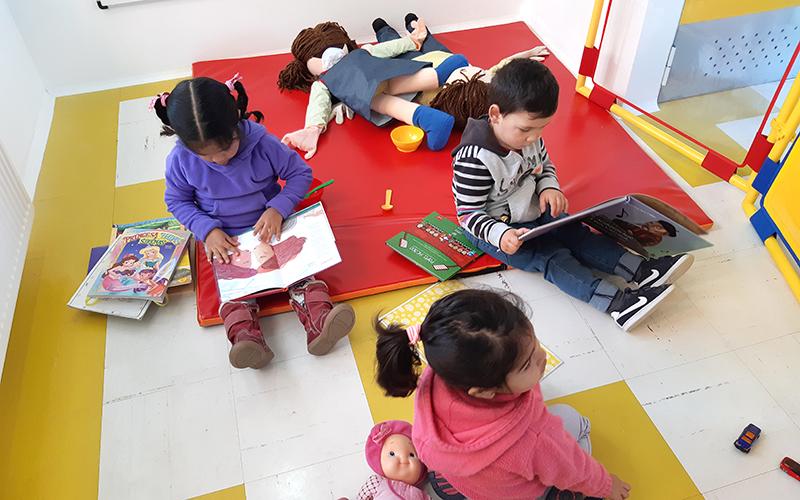 Un total de 48 niños y niñas acceden a educación parvularia de calidad en un jardín infantil que cumple con todas las normativas de seguridad e infraestructura.