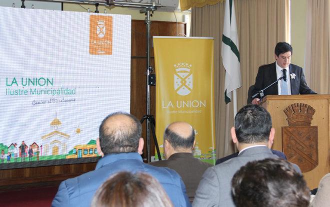El alcalde de La Unión, Aldo Pinuer, valoró el esfuerzo de los equipos educativos por entregar una educación de calidad a los párvulos de la comuna, y destacó que la totalidad cuenta con matrícula completa.