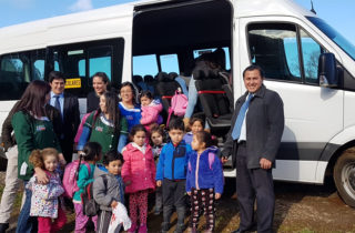 Transporte escolar subsidiado por la JUNJI Los Ríos beneficia a párvulos de Folleco
