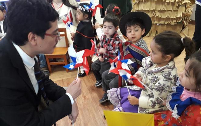 Los párvulos de los jardines infantiles de la JUNJI Biobío, desde el 3 de septiembre están celebrando el Mes de la Patria junto a sus educadoras, técnicos y familias.