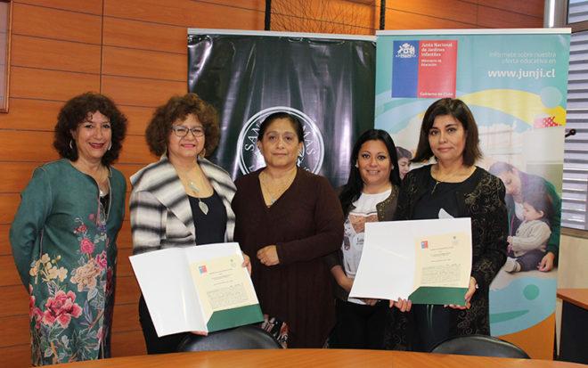 La directora regional de la JUNJI, Sandra Flores, destacó la alianza, manifestando que las experiencias con los profesionales tesistas y también con los estudiantes en práctica han sido positivas.
