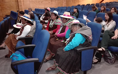 En el encuentro participaron equipos de tres comunas de Tarapacá, quienes compartieron actividades que se han realizado con los niños y niñas; y que se relaciona con la alimentación ancestral y cómo su proceso de preparación permite la exploración y la convivencia con el otro.