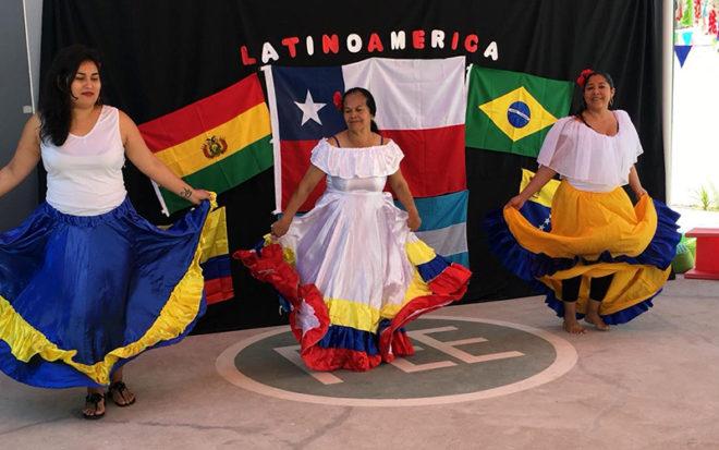 La reunión-desayuno consideró entablar un diálogo abierto y sincero respecto a la forma en que las familias provenientes de países como Argentina, Bolivia, Colombia, Perú y Venezuela, han ido incorporándose a la región.