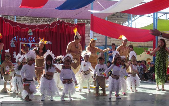 Entre las actividades desarrolladas estuvo la representación de historias del Chiloé y Rapa Nui.