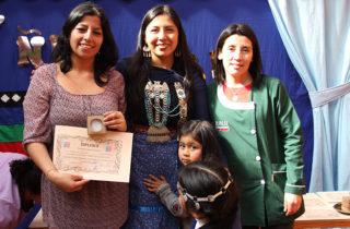 "Culmina taller en Jardín ""Carrusel"" que rescata cultura mapuche a través de la joyería"