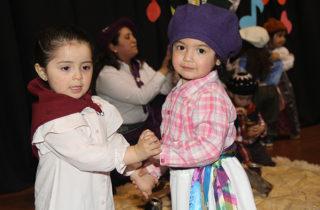 """Jardín """"Caperucita Roja"""" celebró la diversidad cultural con un colorido encuentro folclórico"""