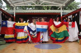 """IV Encuentro Multicultural reunió las tradiciones de ocho países en el Jardín """"Pulgarcito"""""""