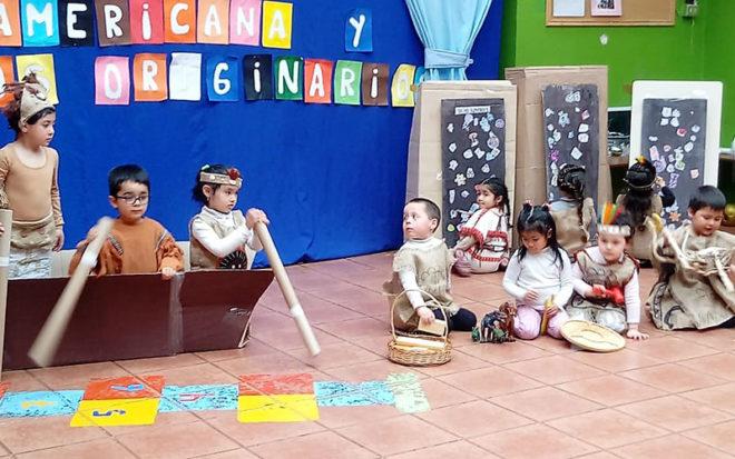 Este año, la celebración conllevó representar los ritmos y sabores latinos a través de la danza, el folclor, la gastronomía y vestimentas típicas de países como Perú, Colombia, México, entre otros.