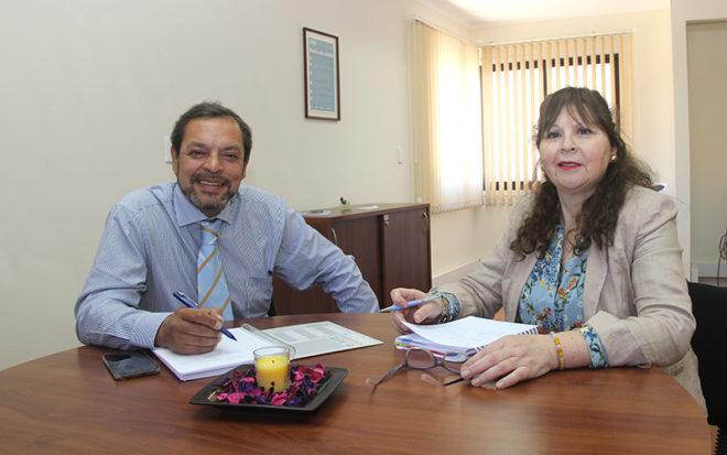El gobernador Darío Molina se reunió con la directora regional (s) de la Junji Coquimbo, Rosa Godoy para proyectar el trabajo que se realiza en la provincia.