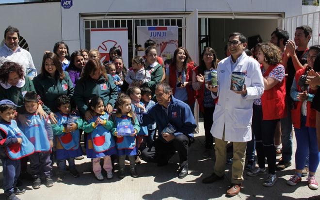 Cincuenta y cuatro niños y niñas con discapacidad motora de jardines infantiles de la Junji son atendidos por el Centro de Rehabilitación de la Teletón ubicado en Temuco.