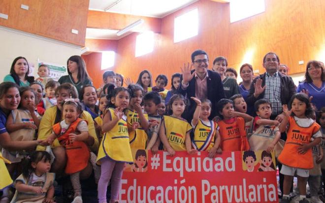 El proyecto, además de buscar ampliar el 45% de cobertura de Chile en niveles medios de educación parvularia, busca mejorar la equidad en el gasto público.