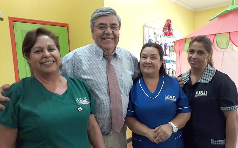 En Chillán, el intendente del Ñuble, Martín Arrau, junto al seremi de Educación, Felipe Rossler, presentaron al nuevo director regional de la institución, David Cid.