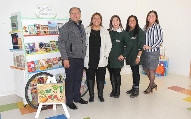 La familia de la conocida vecina, Naldy Torres Fuentes, fallecida en enero de 2018, realizó la donación cuando supieron el compromiso institucional de la Junji por acercar a niñas y niños a la lectura desde temprana edad.