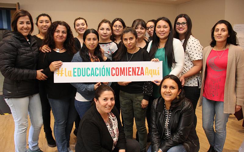 La actividad fue impartida por dos educadoras de la Universidad Católica de Temuco, Lidia Briones, experta en comunicación y Natalia Bernales, quien trabaja la línea de convivencia escolar y buen trato.