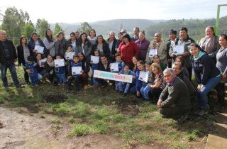 Reconocen labor de familias de CECI en sector rural de Arauco