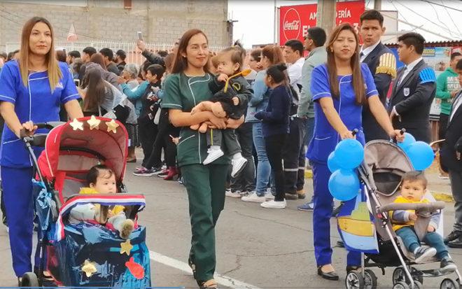 """Párvulos de Jardín Infantil """"Dragoncito"""" desfilaron en conmemoración del Combate Naval de Iquique."""
