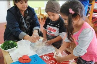 Párvulos replicaron oficios de pobladores de Caleta Los Verdes