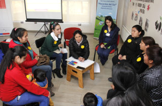 Apoderados y familias participan activamente en Diálogo Ciudadano sobre el rol del jardín en el desarrollo de los párvulos