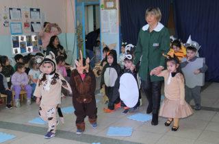 Con un espectacular desfile niñas y niños se comprometieron a cuidar a los animales