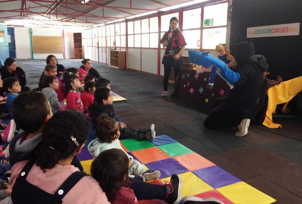Con obra de títeres niñas y niños aprenden el valor de la amistad y el respeto