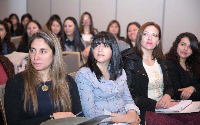 68 funcionarias de la Junji realizarán pasantías internacionales en Canadá